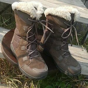 Columbia Ice Maiden II Winter Boots Size 8